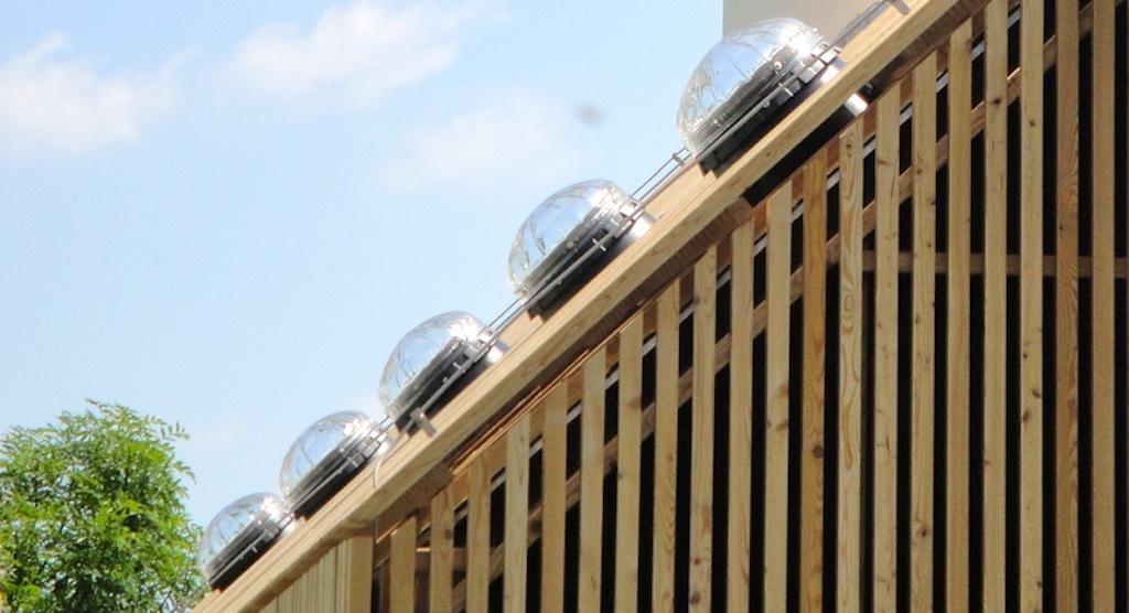 puits de lumi re lightway la gamme de puit de lumiere. Black Bedroom Furniture Sets. Home Design Ideas